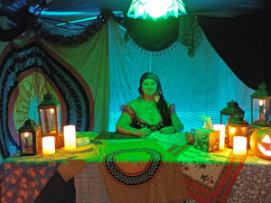 Hire Event Psychic for your party, special event or corporate function